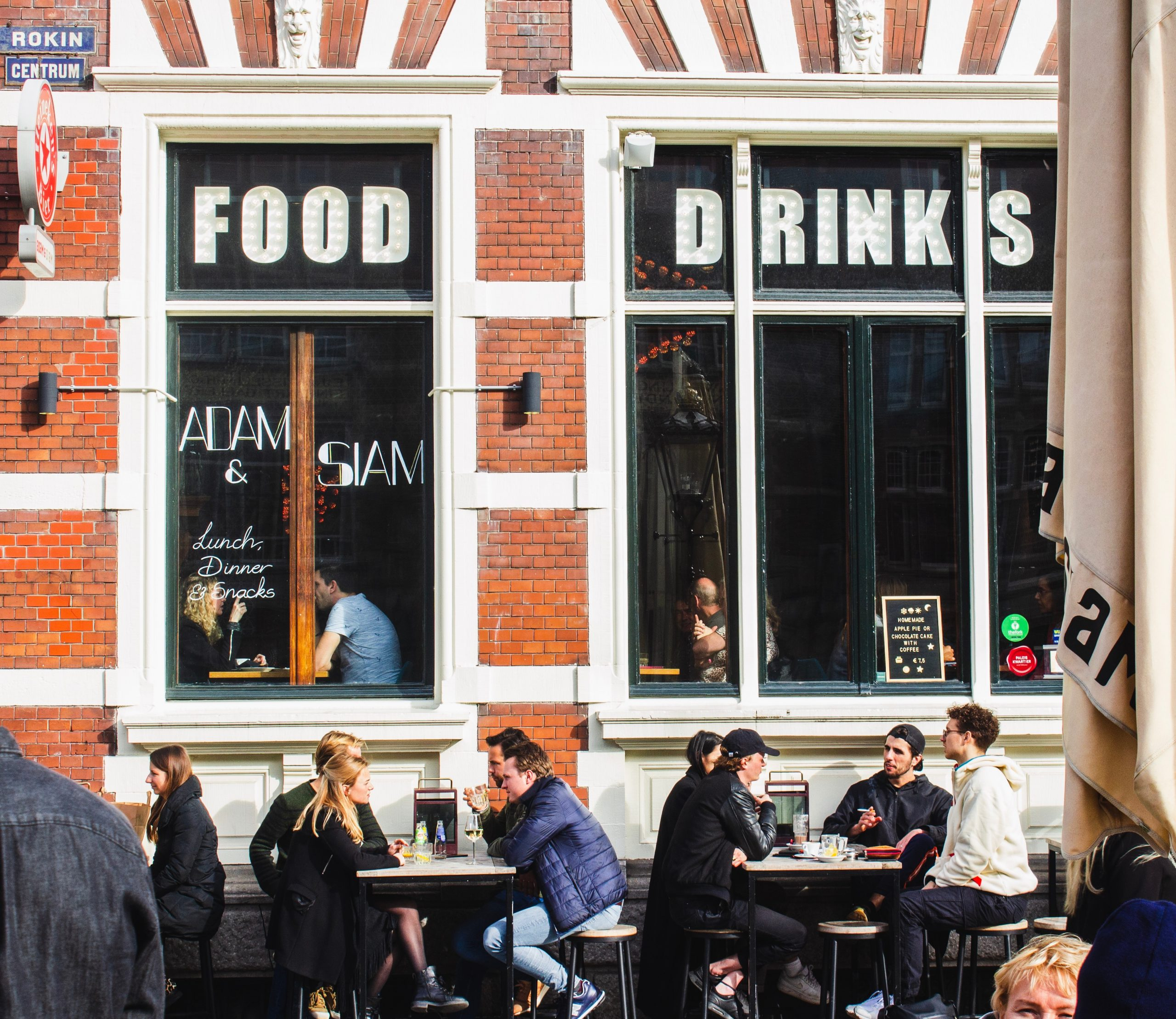 Key Points To Consider When Securing The Right Location For Your New Restaurant